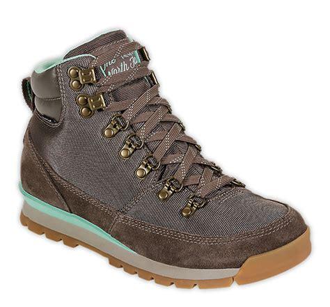 Sepatu Rei Traverses Seri Baru rekomendasi sepatu gunung dengan harga murah tapi tidak