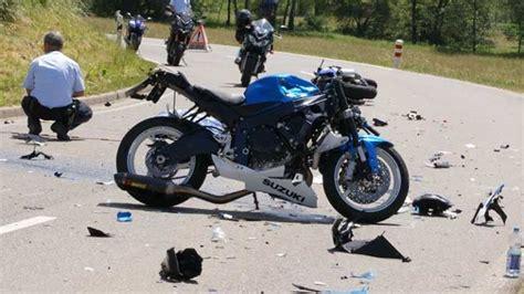 Motorradunfall Uelzen by Bei Dem Motorrad Unfall In M 252 Nsingen Buttenhausen Sterben