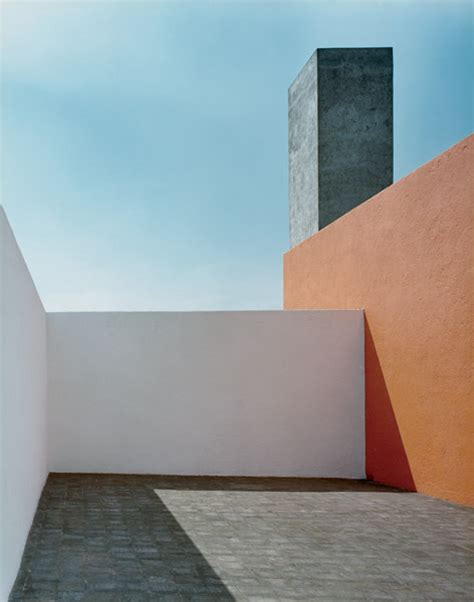 luis barragan house pinkpagodastudio luis barragan a master of light and color