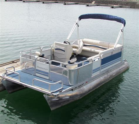 best small pontoon boats 2017 best pontoon boat photos 2017 blue maize