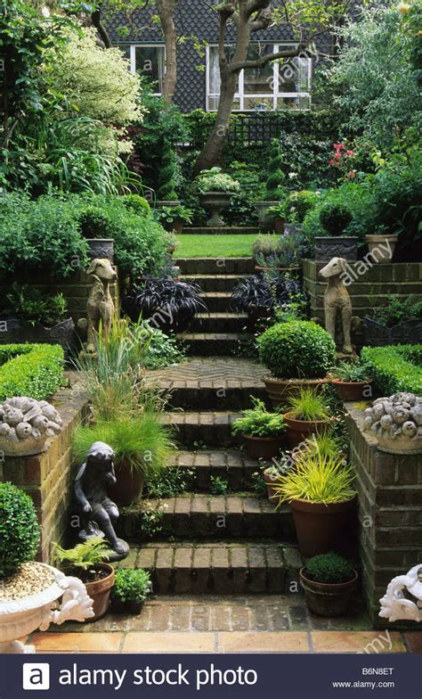 Small Square Garden Design Ideas Small Square Garden Design Ideas