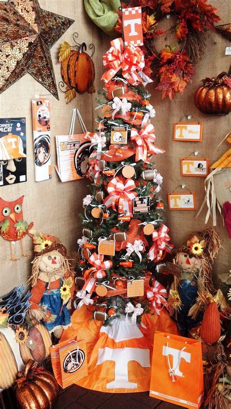 ut vols decorated tree show your support for the