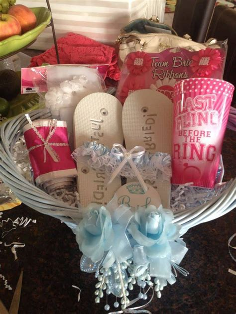 Bridal Shower Gifts For Bride   99 Wedding Ideas
