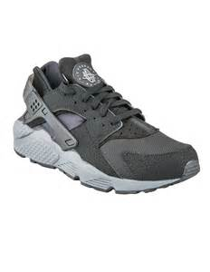 Nike huarache bianche grigie cercaspartiti it
