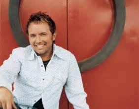 Chris tomlin wife related keywords amp suggestions chris tomlin wife