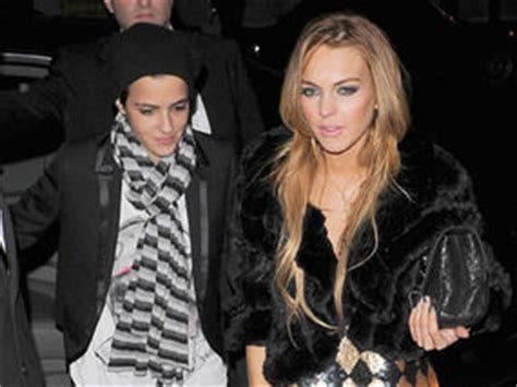Lindsay Lohan Dating Federline by Lindsay Lohan Finds Comfort In Company Of Ex