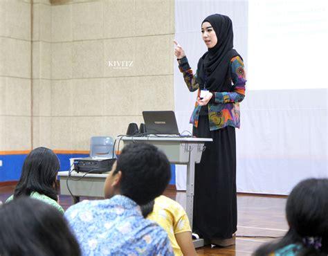 Jakarta Silvi Basic Dress By Eq kivitz november 2014