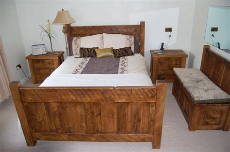 Handmade Pine Beds - handmade bespoke in derbyshire plank pine beds by incite