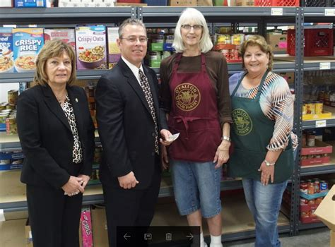 Food Pantry Belleville Il by Southern Illinois Builders Association Donates To Pair Of