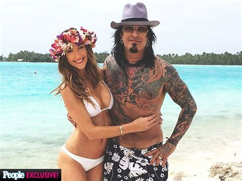 nikki sixx and courtney bingham nikki sixx and courtney bingham honeymoon in bora bora