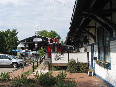 carrboro nc southern rail restaurant bar  downtown