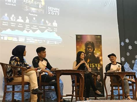 film indonesia chrisye adakan roadshow pemain film chrisye sambangi universitas