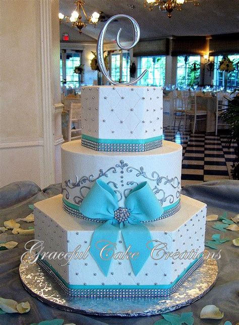 Southern Blue Celebrations: Blue Wedding Cakes