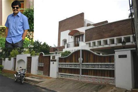 actor vivek residence expensive homes of indian celebrities photos 662256