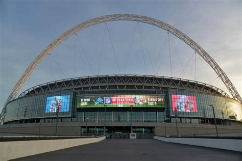 Calendrier Tottenham Tottenham Les Spurs 224 Wembley Football Sports Fr