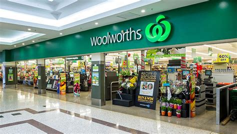 New Floor Plan by Woolworths Brings Back Qantas Points In Revamped Rewards