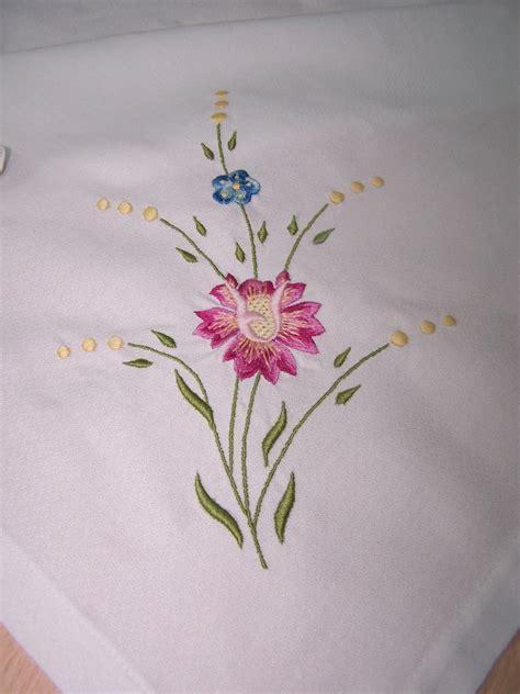 imagenes de flores para bordar a mano dibujos de rosas para bordar buscar con google bordado