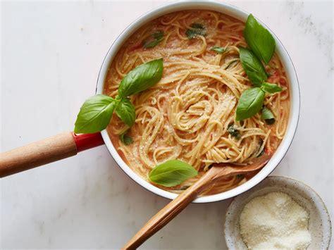 one pot comfort food one pot pastas recipes food network classic comfort