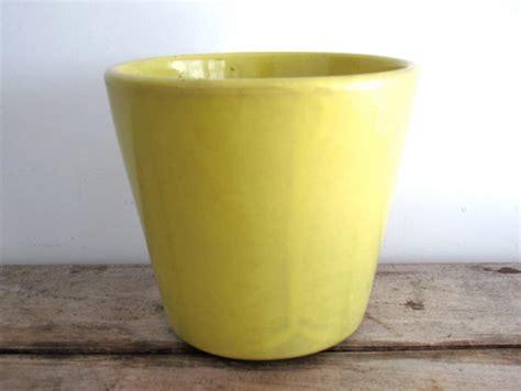Yellow Ceramic Planter by Vintage Yellow Ceramic Planter Usa Pottery 408 Flower