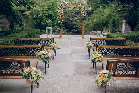 Kursi Tamu Undangan inspirasi kursi pengantin dan tamu undangan yang simpel
