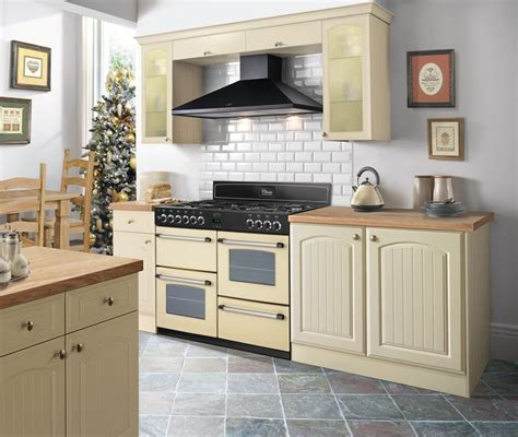 Kitchen Designs With Range Cookers by Belling Classic Range Cooker In An Inspirational