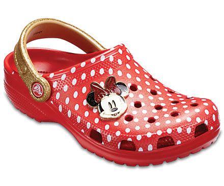Crocs Minnie Mouse Led Light Minnie Crocs 4 The Disney Fashionista