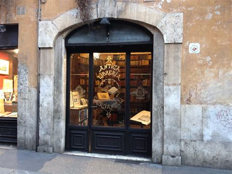 libreria manzoni roma illusione inganno artificio