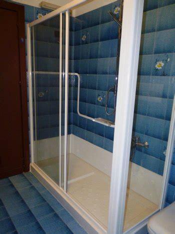 docce per disabili dimensioni doccia per disabili sostituisci la tua vecchia vasca con
