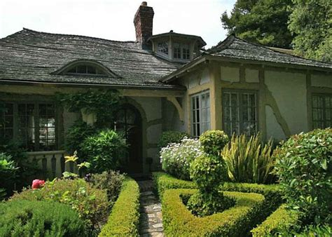 Fairy Carmel Cottage House In California California Cottages For Sale