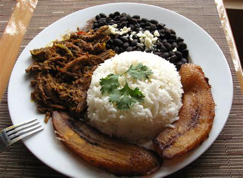pabellon criollo caracas pabell 243 n criollo venezuela gerichte rezepte
