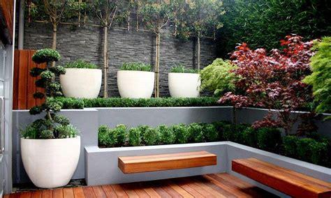 modern landscaping ideas for small backyards banco de jardim 65 modelos e fotos incr 237 veis