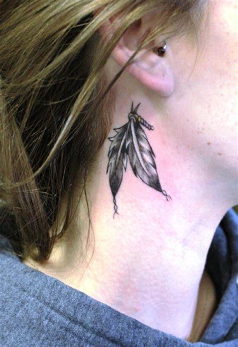 feather tattoo neck meaning 20 kleine feder tattoos ideen und entw 252 rfe 187 tattoosideen com