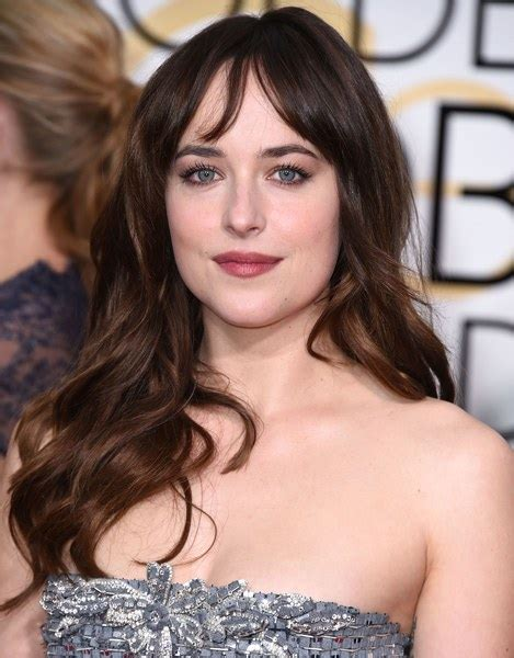 how to get bangs like dakota johnson quot fifty shades of grey quot star dakota johnson s hair is
