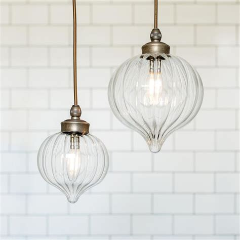 Bathroom Lighting Pendant 25 Best Ideas About Bathroom Pendant Lighting On Pinterest Modern Bathroom Lighting Modern