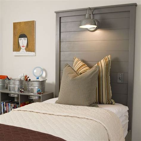 Diy Headboards For Boys by 27 Diy Wooden Headboard Ideas