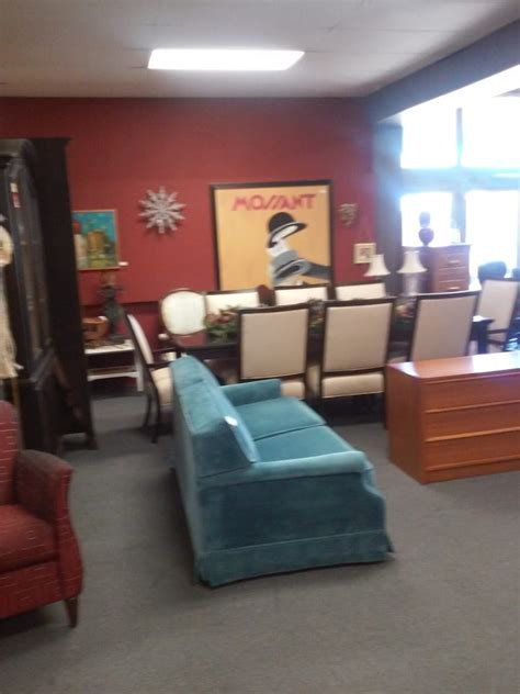 Furniture Stores San Diego by Karen S Consignment Gallery 39 Photos 32 Reviews Furniture Stores Point Loma San Diego
