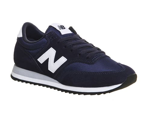 New Balance 373 Navy Putih mens new balance 620 trainers cw navy white grey trainers