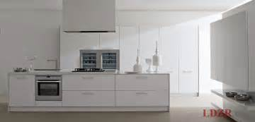 Contemporary White Kitchen Designs White Lacquered Modern Contemporary Kitchen Design Home