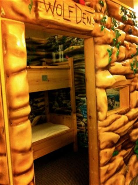 wolf den room great wolf lodge great wolf lodge review and money sanity saving tips