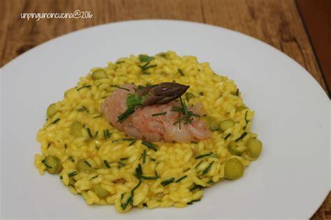 come cucinare il risotto allo zafferano risotto allo zafferano con asparagi agretti e tartare di