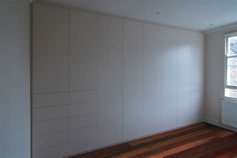 wall wardrobe bespoke furniture cost pricing exles