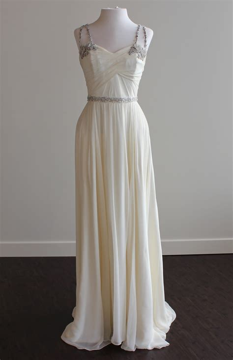Hayley Paige Nina Size 8 Wedding Dress ? OnceWed.com