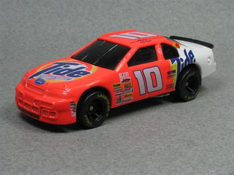 Ford Thunderbird Nascar reviews, prices, ratings with various photos