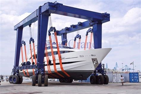 used electric boat lifts for sale rubber tyre travel lift mobile boat hoist crane from henan