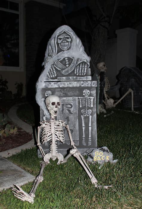 graveyard decoration ideas graveyard idea
