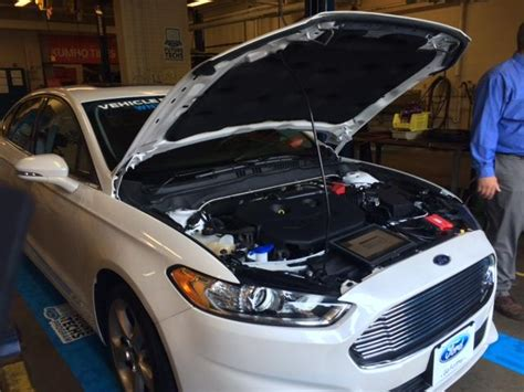 ford dealers wny car dealer encourages students to consider careers in auto