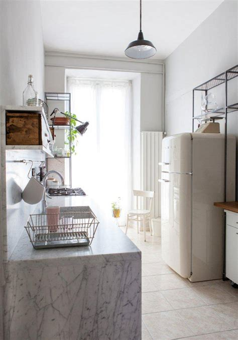 cozy kitchens intimate and cozy kitchen designs