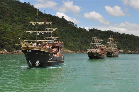 barco pirata camburiu barco pirata bc ingressos floripa e cambori 250 touron