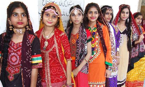 Topi I Photographybest Fashion sindh brings out its colours on ajrak topi day