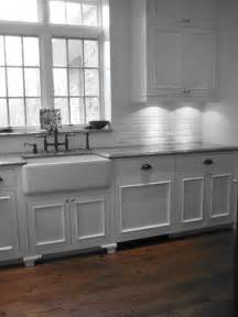 Kitchen With Farm Sink Farmhouse Sink